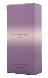 Narciso Rodriguez For Her Delicate Limited Edition Eau de Toilette