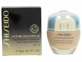 Shiseido Future Solution Total Radiance Foundation SPF 15